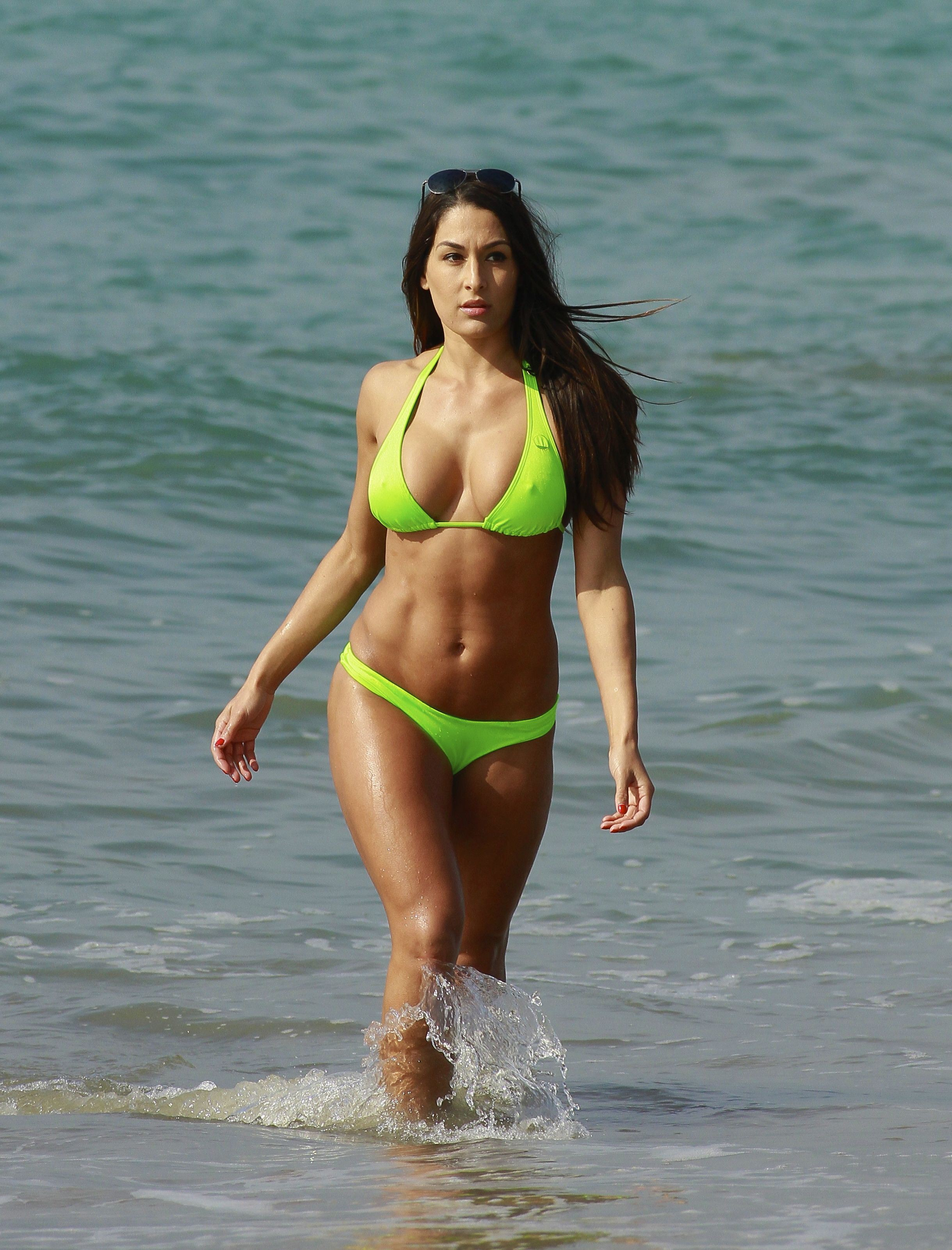 17+ images about nikki bella on Pinterest | Sexy, Total divas and Health and fitness